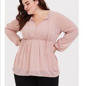 Torrid blush colored empire waist top 2X